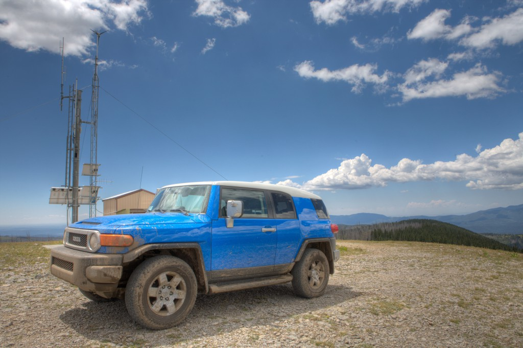FJ Cruiser and Repeater atop Elk Mountai