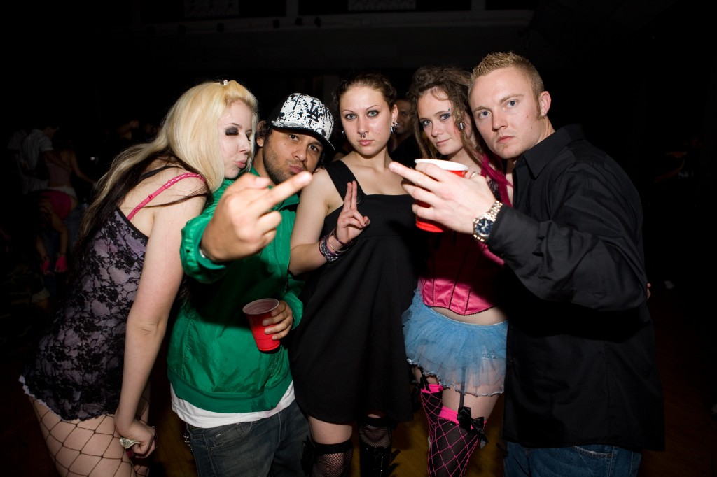 Gus with Raver Girls