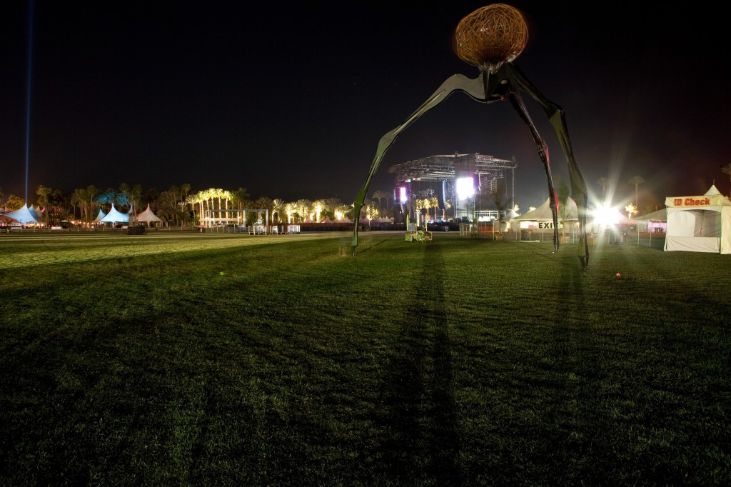 I.T. Sculpture and Main Stage