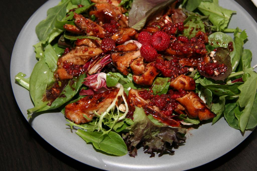 Raspberry Vinaigrette Chickend Salad