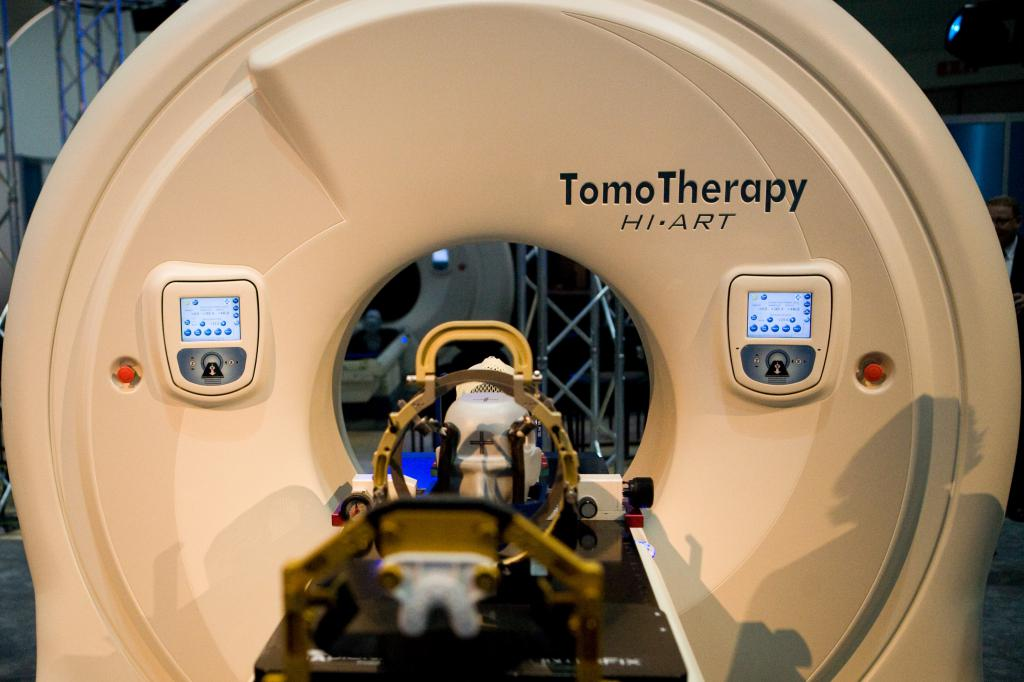 TomoTherapy Hi-Art