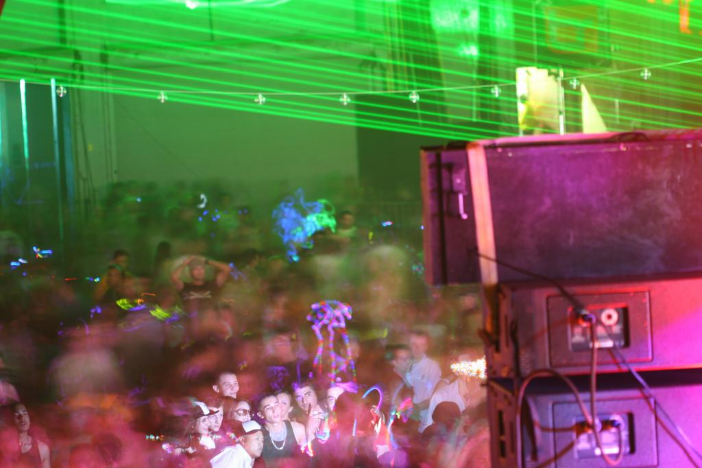 long exposure of the crowd