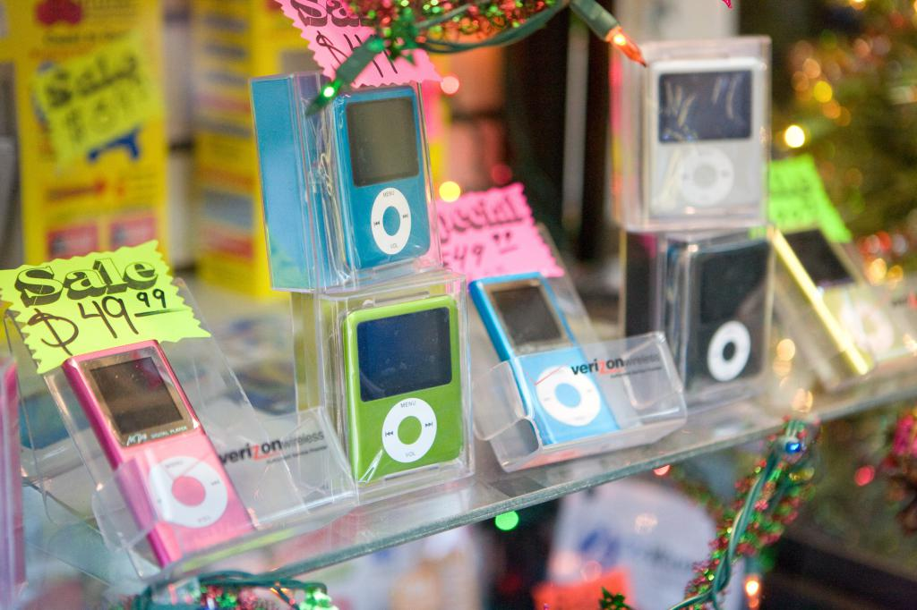 More Fake iPods