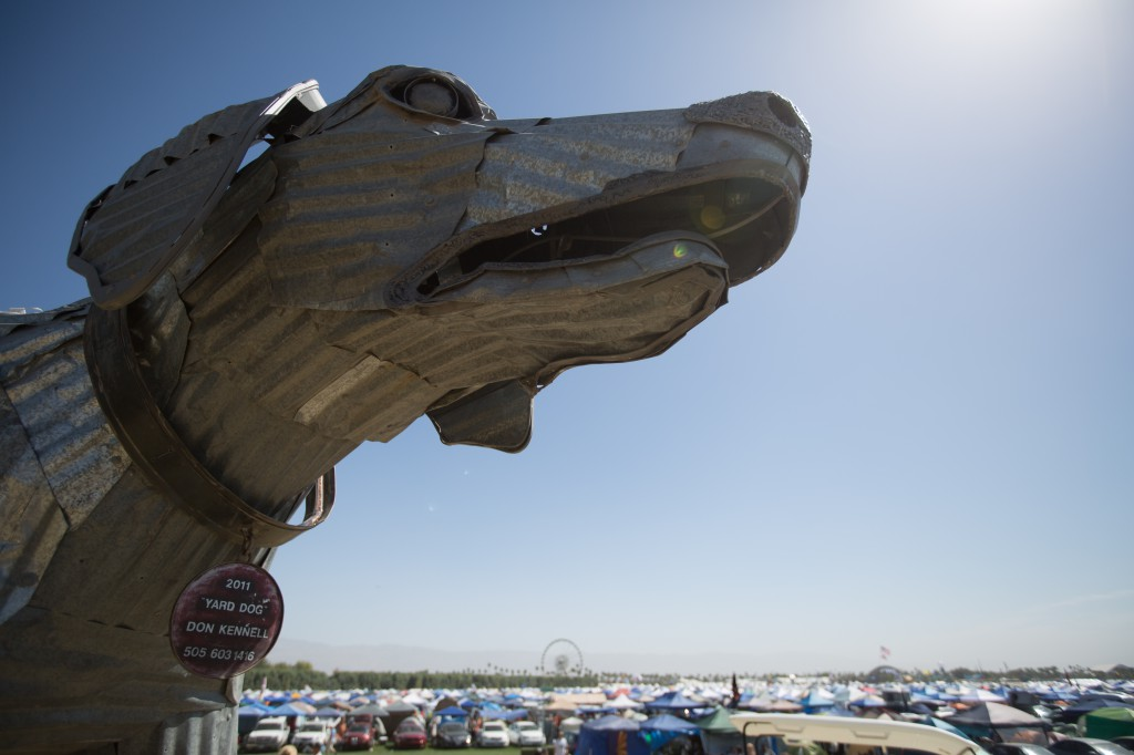 Yard Dog by Don Kennell at Coachella 2014
